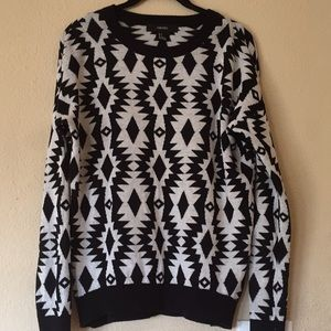 F21 Tribal crew neck sweater S